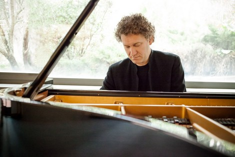 Piano: Andrea Luchessini